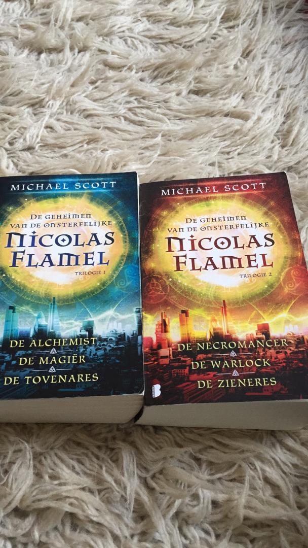 Michael Scott - De geheimen van de onsterfelijke Nicolas Flamel- deel 1t/m6
