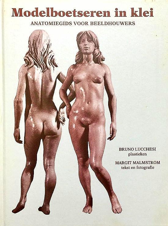 Lucchesi , Bruno . & Margit Malmstrom . & Rob Segers . [ ISBN 9789061138204 ] 0420 - Modelboetseren  in  Klei . ( Anatomiegids voor beeldhouwers . )  Meesterbeeldhouwer Bruno Lucchesi nodigt u uit voor een rondleiding langs de menselijke vormen. U volgt hem terwijl hij - letterlijk van binnen naar buiten - een figuur in klei s...