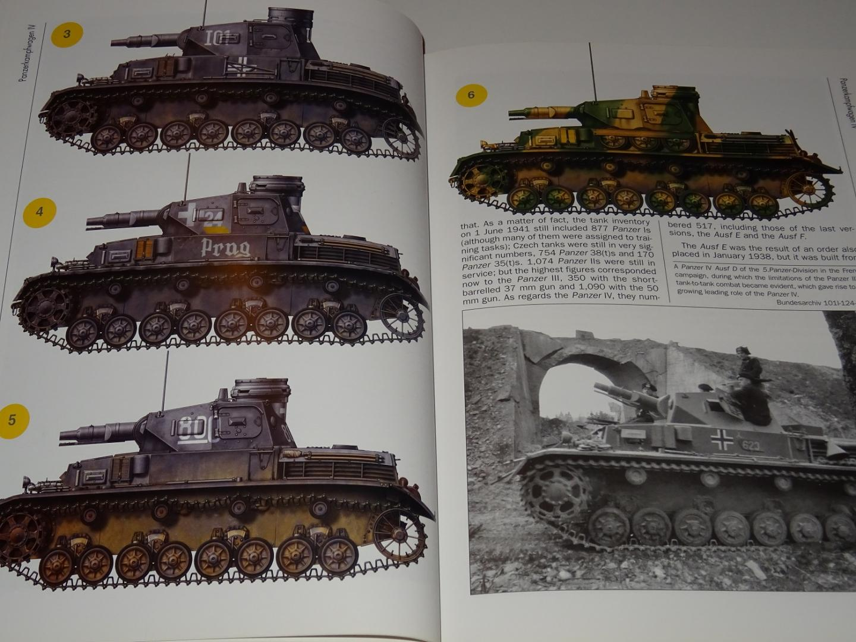 Jurado, Carlos Caballero & Franco, Lucas Molina - The Panzer IV : The Wehrmacht's Armoured Fist