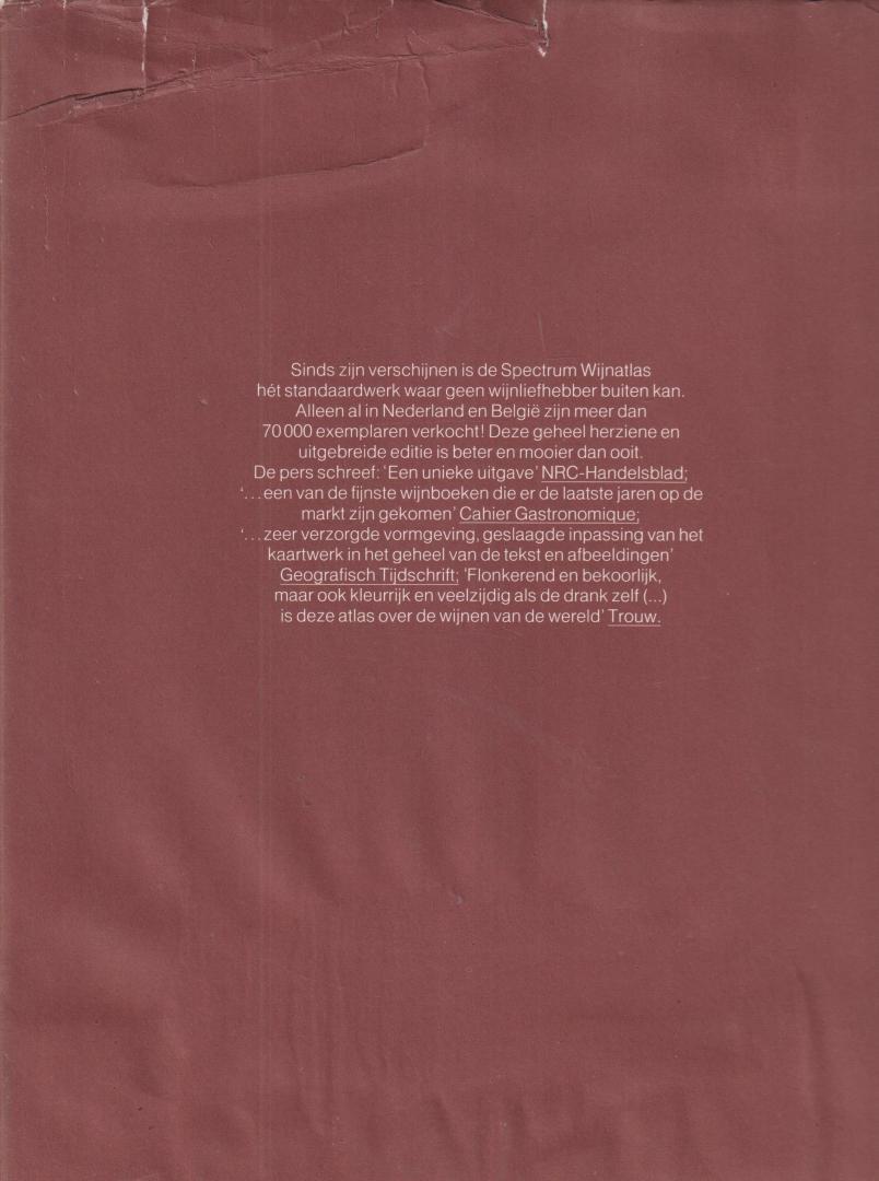 Johnson Hugh Redactie Wina Born Illustrator : Fullard e.a - Spectrum wijnatlas. Met o.a. Druif en wijn, Het genieten van wijn, Frankrijk, Duitsland, Overig Europa, Afrika en Azië, De nieuwe wijnlanden, Gedistilleerd.