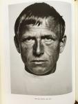 Dewitz, Bodo von & Schuller Procopovici, Karin (herausg.) - Hugo Erfurth 1874-1848. Photograph zwischen Tradition und Moderne. Katalog Handbuch Agfa Foto-Historama, Köln 1992.