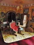 Tuma, Tomas - A three-dimensional Victorian Dolls House (compleet met alle figuren)