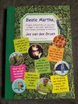 Broek, Jos van den - Beste Martha / vragen, antwoorden en nog meer vragen+ een paar gedichtjes over huisjes, boompjes en beestjes